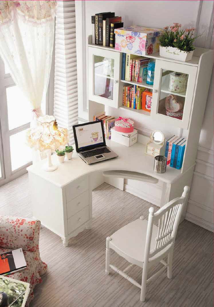 41 Sophisticated Ways To Style Your Home Office   Loombrand     Little corner desk with a lot of space for storage   home office decor