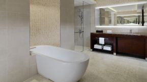 Sheraton-grand-conakry-Presidential-Suite-Bathroom