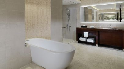 Sheraton-grand-conakry-Presidential-Suite-Bathroom