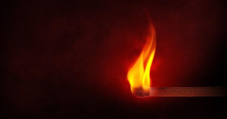 flame-1363003_1280