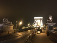 The famous Chain Bridge linking Buda and Pest