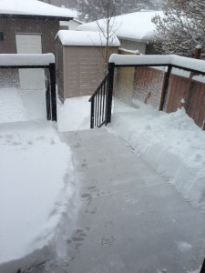 13h09 this afternoon, after I shovelled a pathway to the garage