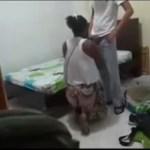Image Mulher esconde câmera no quarto e pega marido no flagra com a vizinha