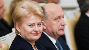 Aš Lietuvos valdovės vietoje irgi juokčiausi. Nes nieko negali būti juokingiau nei kvaila žiniasklaida ir kvaili politikai.