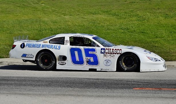 Pro Late Model winner Bayley Currey rolls into Turn 1. Photo by JM Hallas