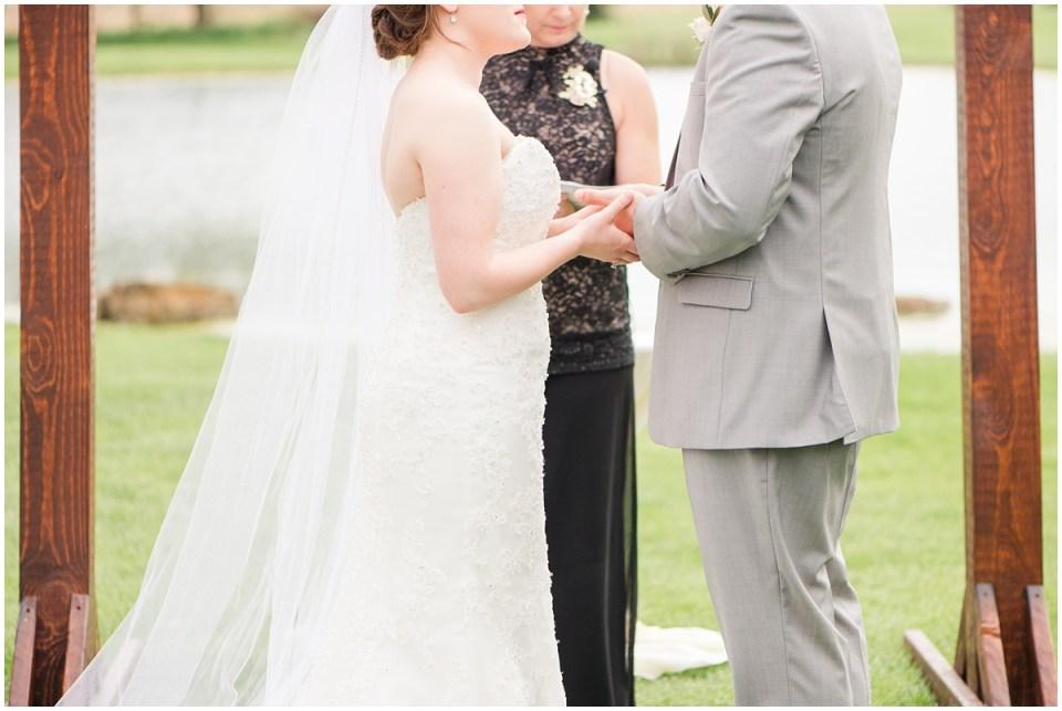 Simple Blush Barn Wedding at Crago Farms Columbus Ohio by Rachael Leigh Photography