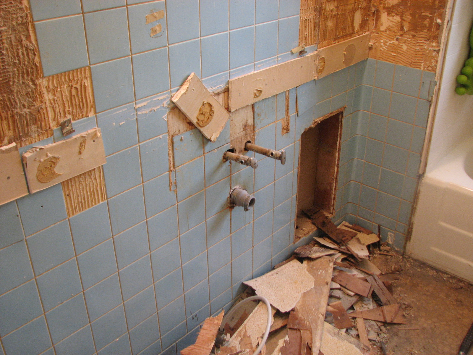 Cabinet gone ... good riddance!