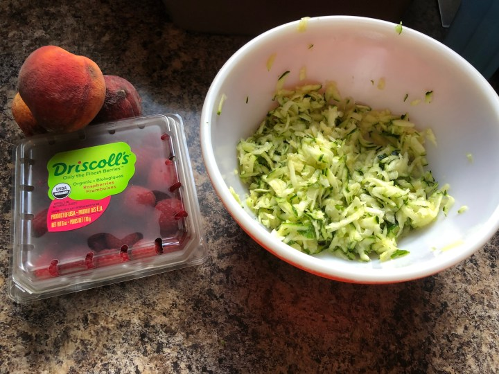 Grated zucchini and fruit
