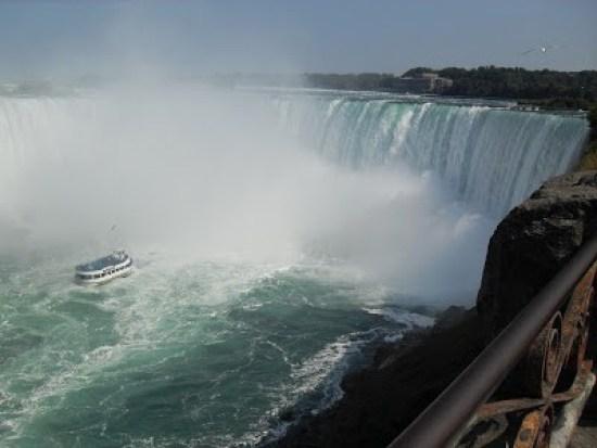 Lady of the Mist - Niagara Falls