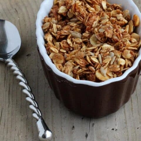 Cinnamon Flax Granola