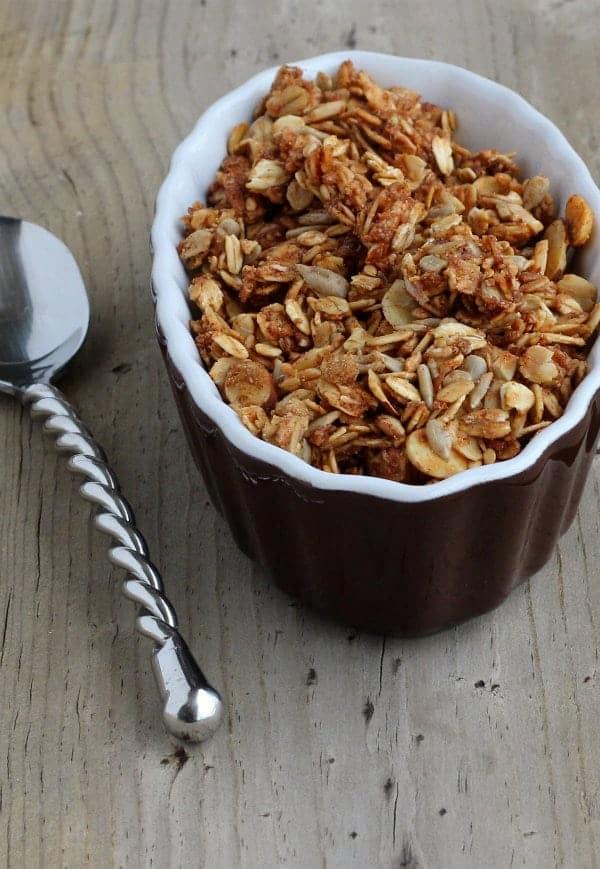 cinnamon-flax-granola-2-600
