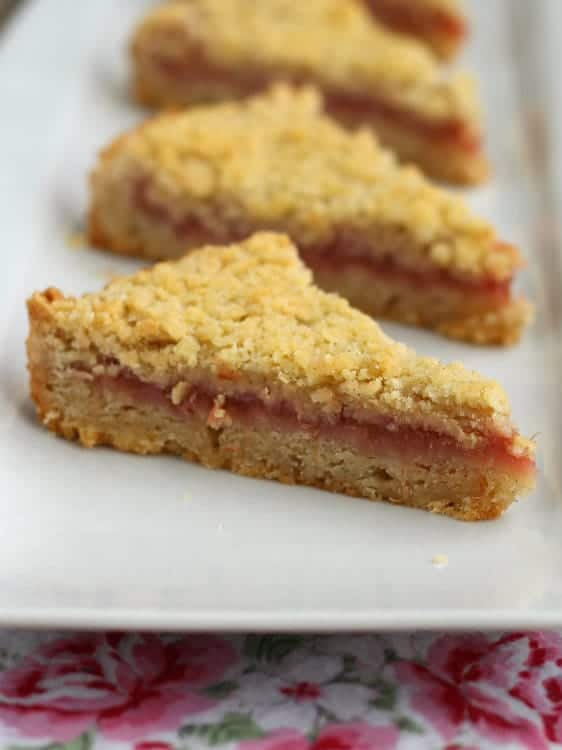 rhubarb-cardamom-shortbread-RC