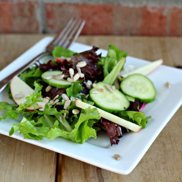 salad-with-apples-and-cucumbers-2-600