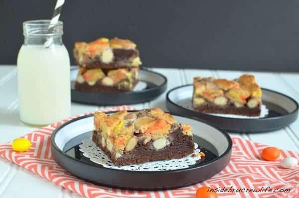 candy-corn-gooey-cake-bars6
