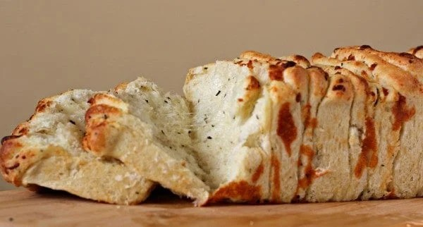 Italian Herb and Cheese Pull-Apart Bread