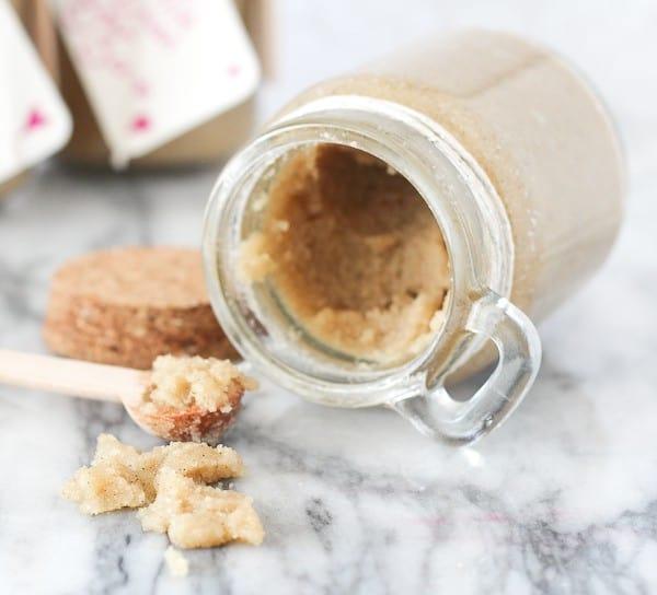 vanilla-bean-sugar-scrub (6 of 5)