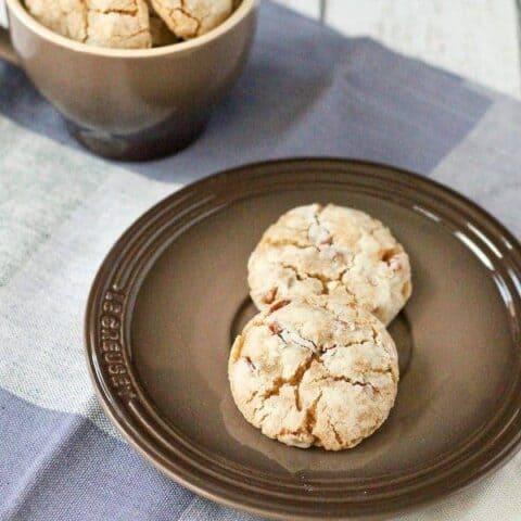 Double Cinnamon Crinkle Cookies