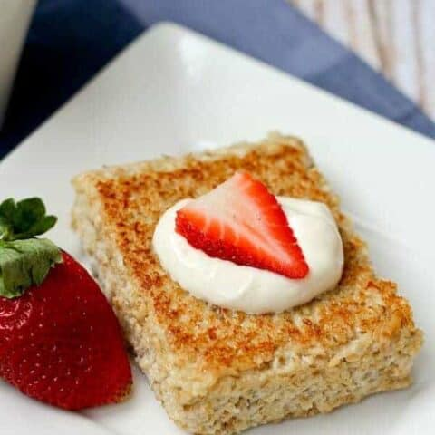 Pan-Seared Oatmeal with Fresh Fruit and Yogurt