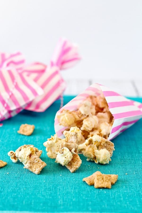 Cinnamon Toast Crunch popcorn is pretty much the best combination of snack and breakfast foods we could ever think of. Perfect for parties! Get the easy recipe on RachelCooks.com.