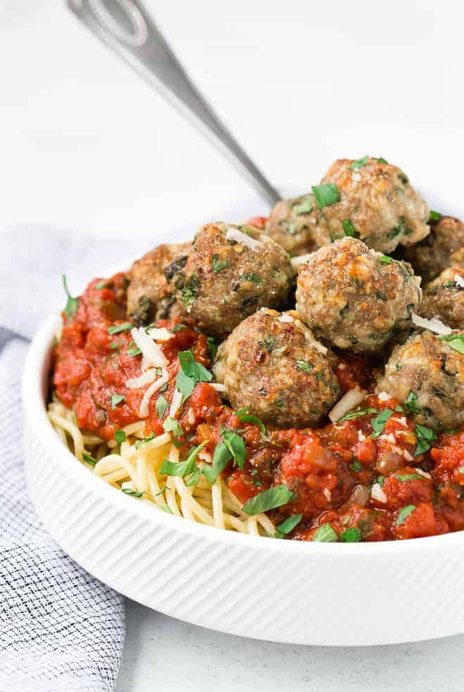 Image of spaghetti and meatballs in a bowl