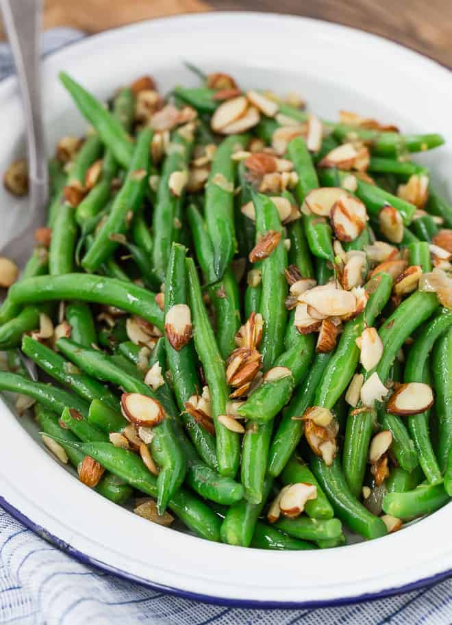 Image of green beans on a platter.