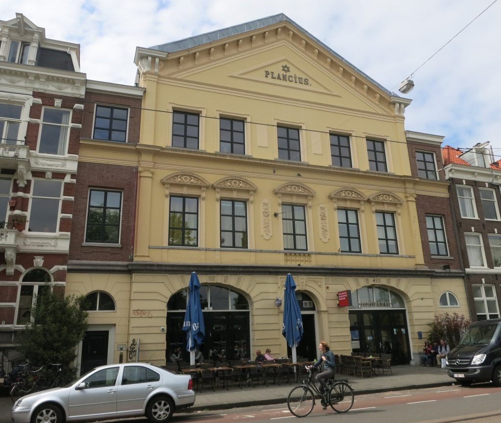 The exterior of the Dutch Resistance Museum