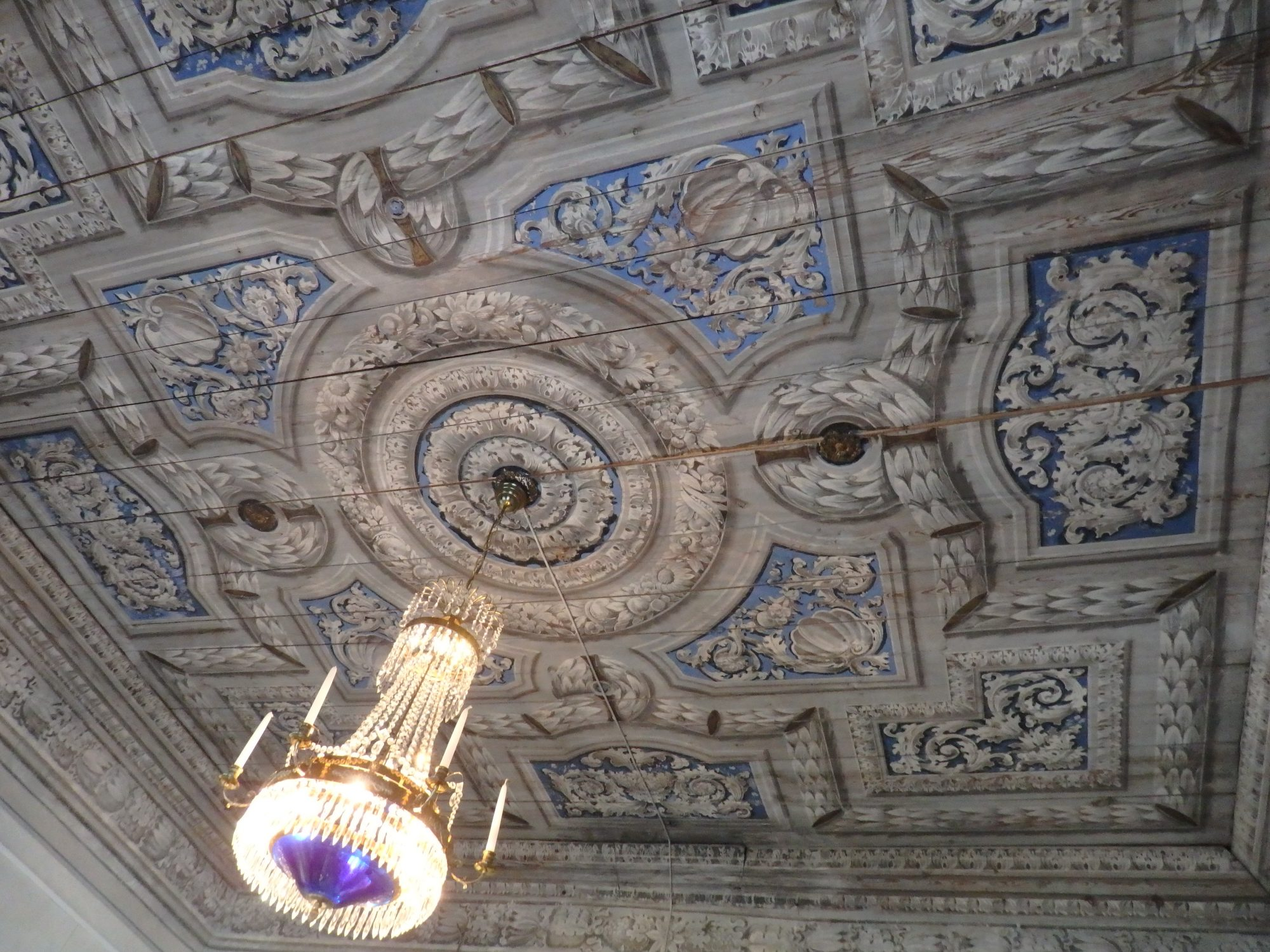 a painted ceiling in Öster Malma