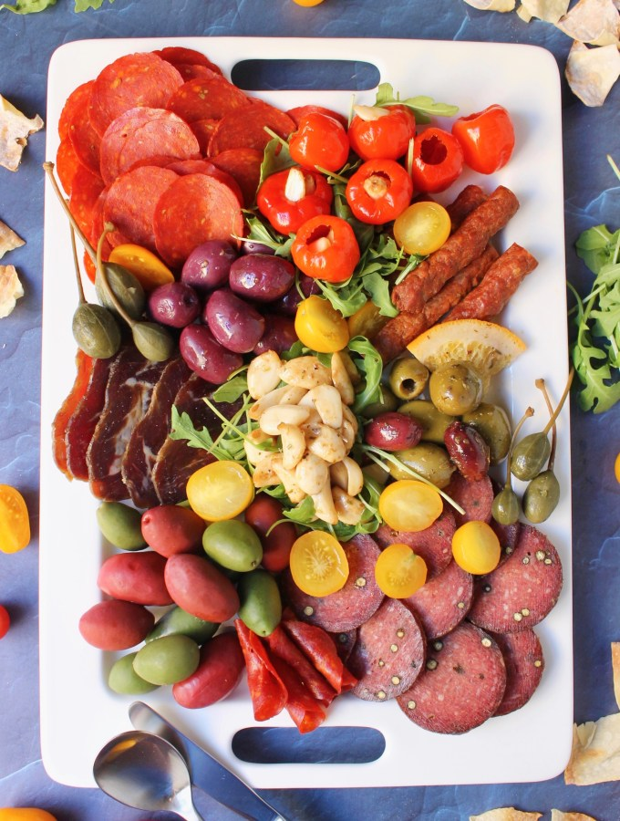 How to Make a Charcuterie Board in 10 Minutes
