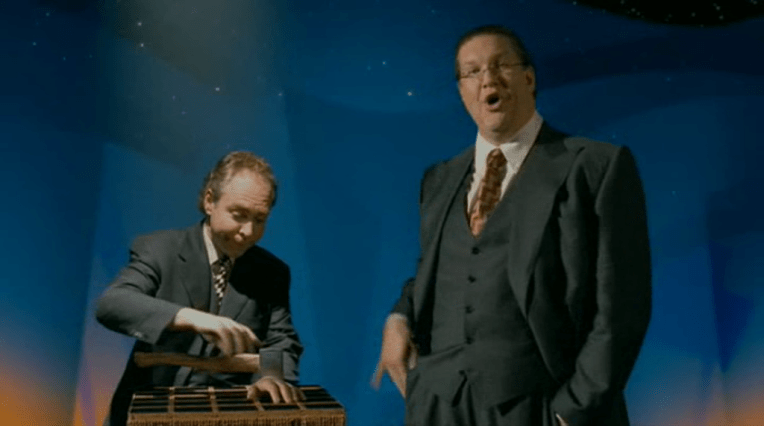 Pen and Teller introducing Walt's masterpiece with a bunch of lame jokes  Geesh...
