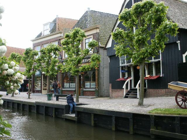 pretty Dutch houses at the Zuiderzeemuseum