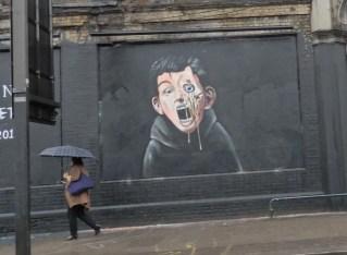 Shoreditch Street Art: Just Passing Through!