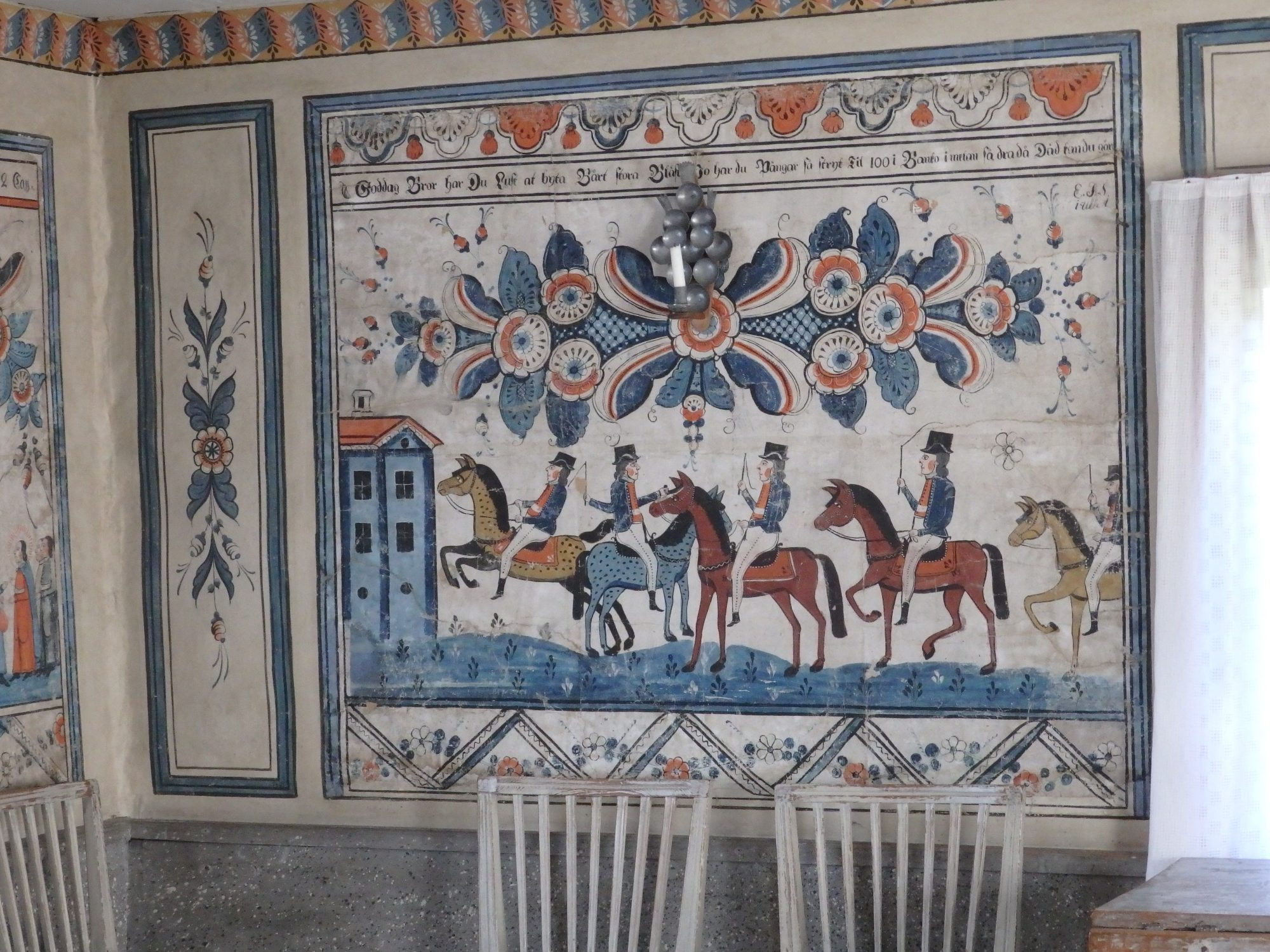 Many of the houses in Skansen, especially the ones from rural areas, still have the original wall paintings.