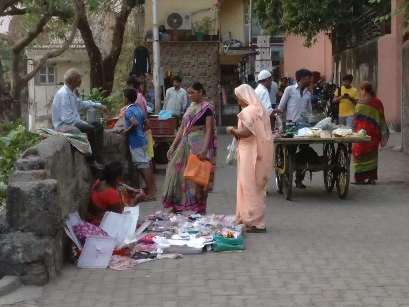 Street scene in Mumbai, near Banganga Tank. Impressions from my first time in India.
