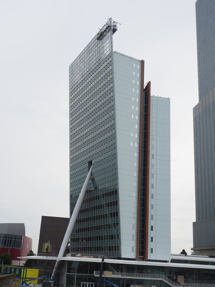 Toren op Zuid, on the Wilhelmina Pier