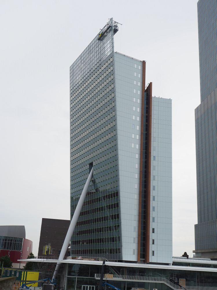 Toren op Zuid, on the Wilhelmina Pier