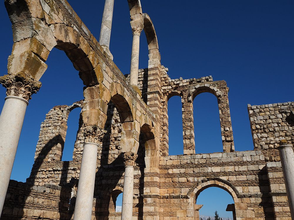 The palace is made with rows of bricks alternating with rows of stone blocks, and all that stands are some arches and Corinthian columns. Special places in Lebanon: Anjar UNESCO site.