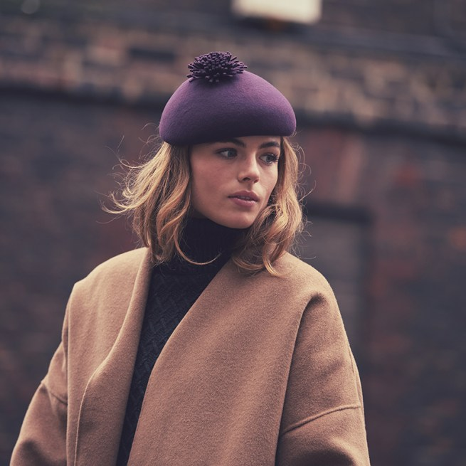 Plum blocked beret with pom