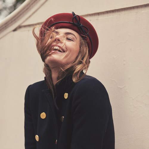 Red blocked French beret