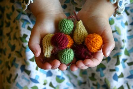 Ornament6-knittedfruitLowRes