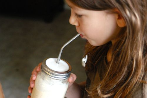 DIY straw cup from a mason jar. | Clean : : the LuSa Organics Blog