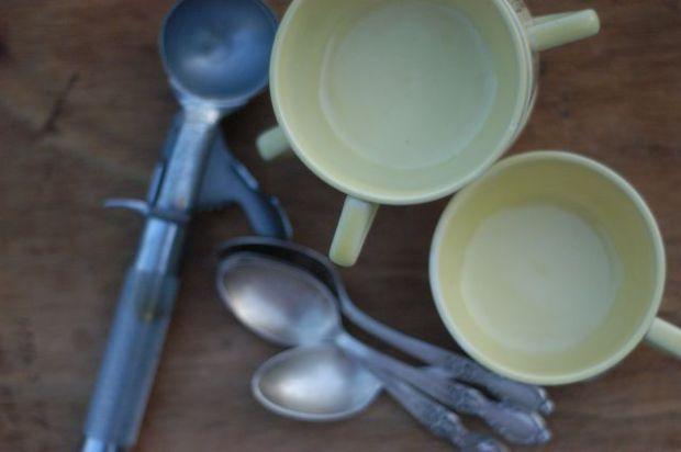 Best. Ice cream. Ever. Blueberry-buttermilk ice cream recipe. [Clean]