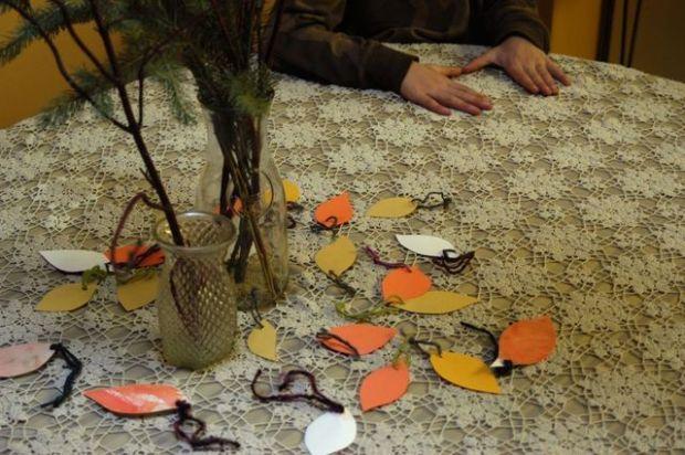 How to: gratitude tree   Clean.