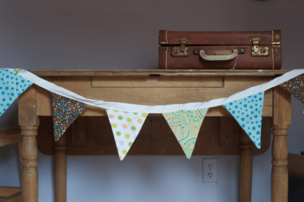 How to sew a bunting : : Simple tutorial