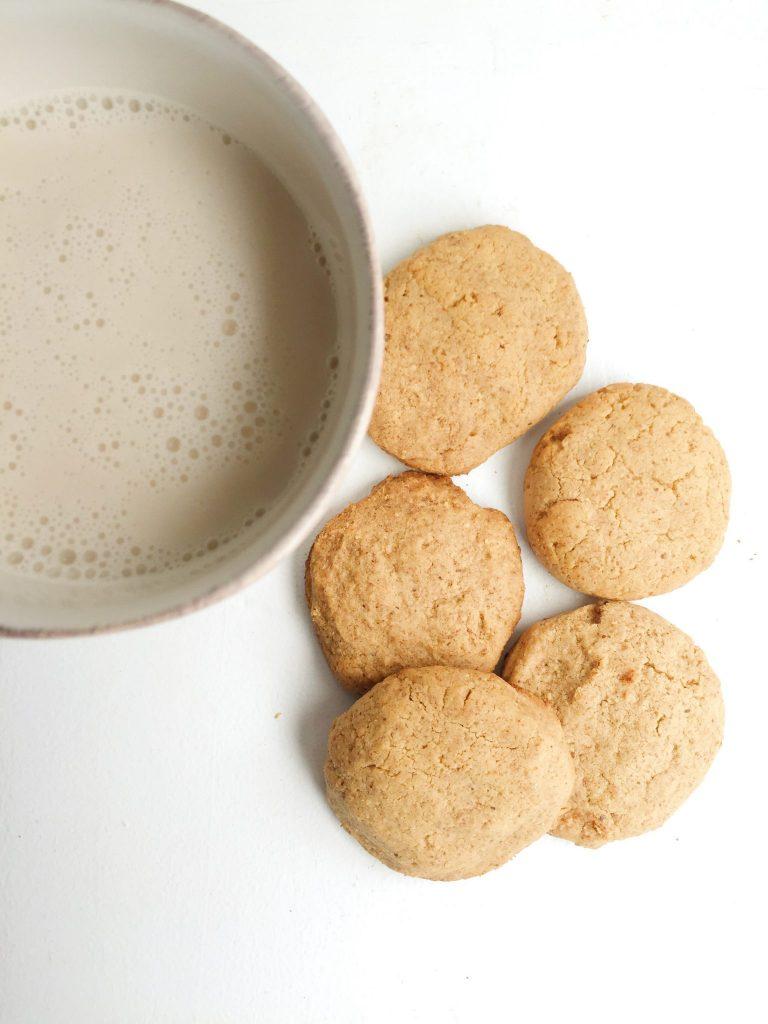 Paleo Maple Almond Cookies