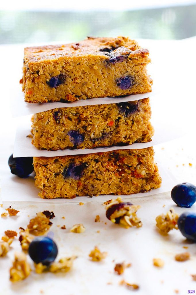 berry-carrot-cake-bars