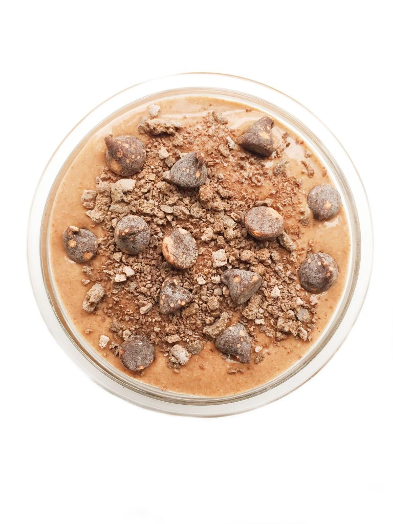 triple chocolate chia seed pudding rachlmansfield