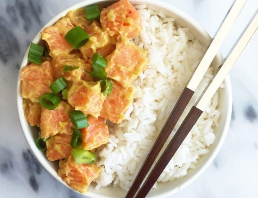 Easy Spicy Salmon Poké Bowls made with 7 easy ingredients