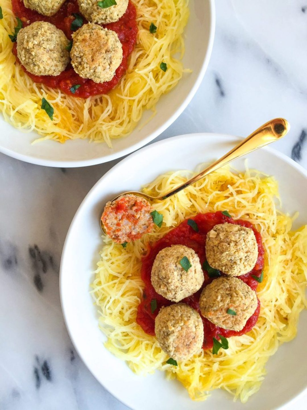 Super Easy Vegetarian Farro Meatballs made with healthy and delicious ingredients