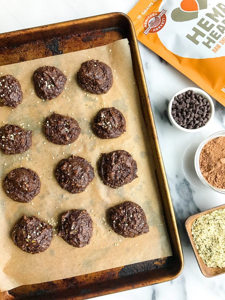 Fatty Dark Chocolate Avocado Fudge Cookies that are dairy & grain-free!