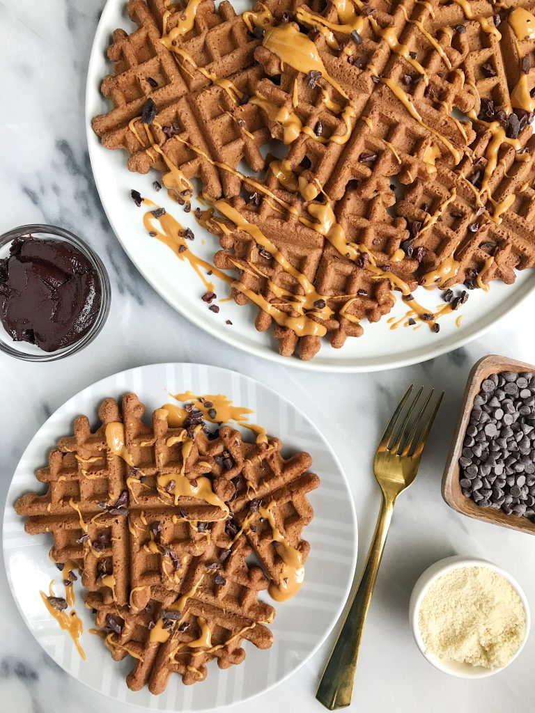 Easy Paleo Cacao Almond Flour Waffles for a delicious chocolate-y breakfast!